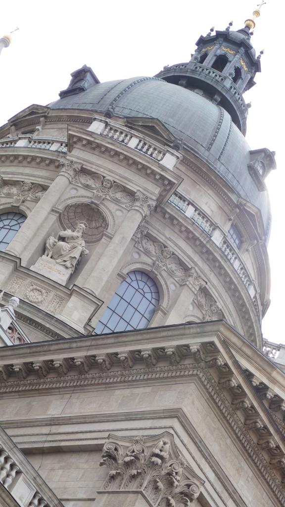 Basilica de San Esteban, el padre de la actual Húngrîa, finalizada su actual construcción en el año 1907