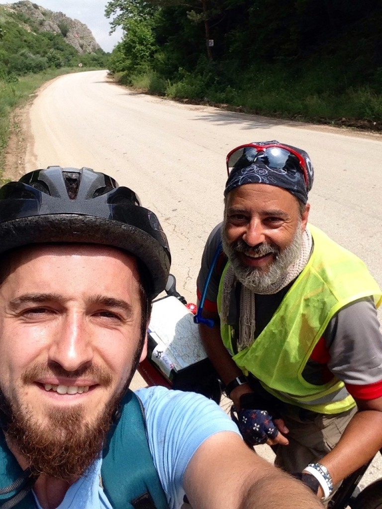 Mesut, the unknown cyclist riding in opposite direction. We hold just a small talk in german but it was nice.