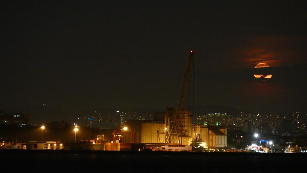 Moonrise at the Bosphorus