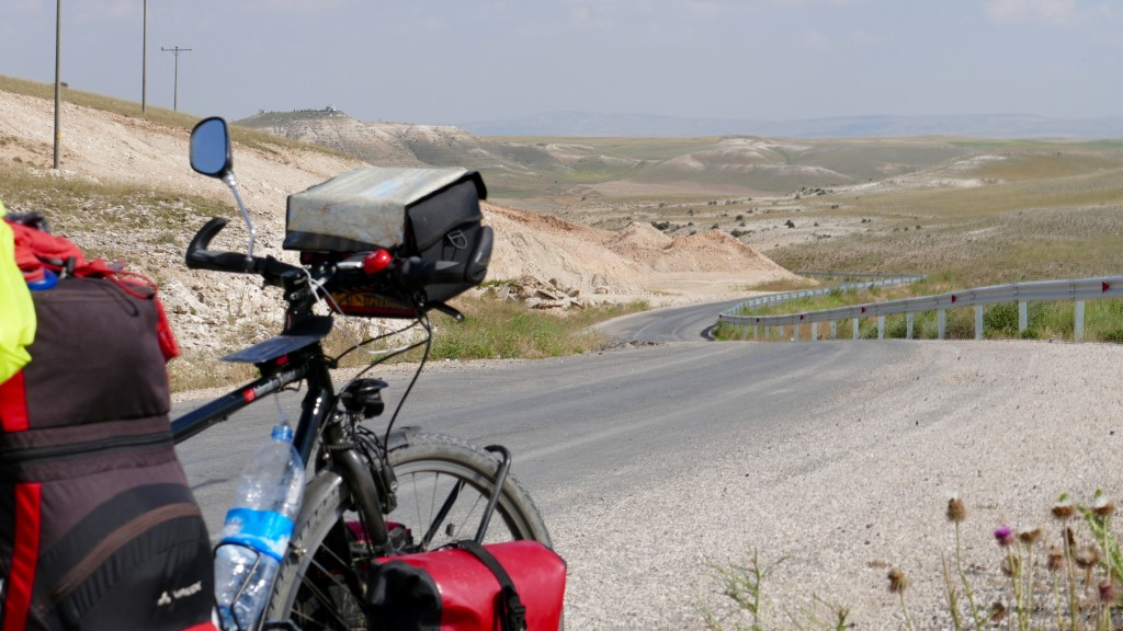Short of Inler at Central Anatolia. I was riding, looking for a place where to camp.