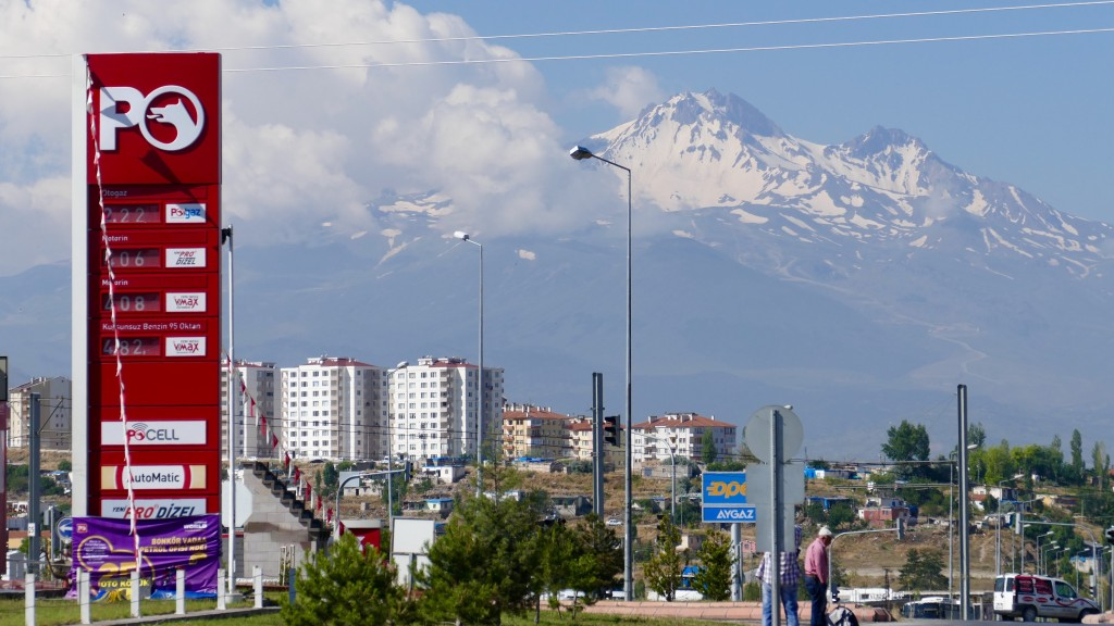 https://en.wikipedia.org/wiki/Mount_Erciyes Mount Erciyes (3.990 MSL) waches over the city of Kayseri