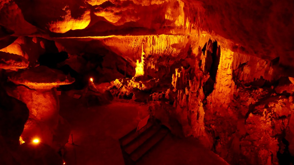 """The """"Ballica Cave"""" is an 8 km long cave 23 km far from Tokat, in Pazar. It is made up of crystallised karstic stone that contain 96% calcium carbonate. It is a fossil cave that developed vertically and horizontally. It has five storeys connected to each thereby stalagmites, stalactites, travertine, onion stalactites, dripstone pools and various caves formations."""