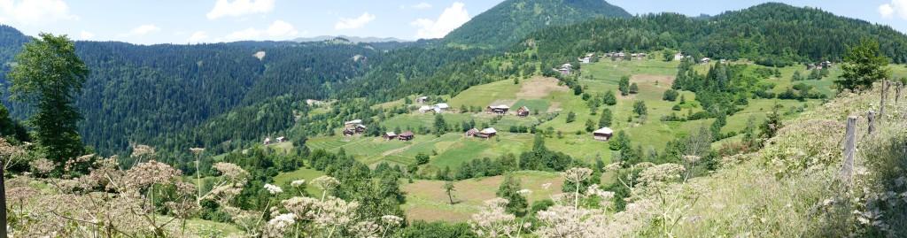 The upper valley of Adjaris-tsqali.
