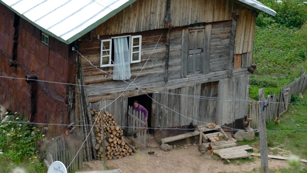 A farmers house short of the Goderdzi Pass
