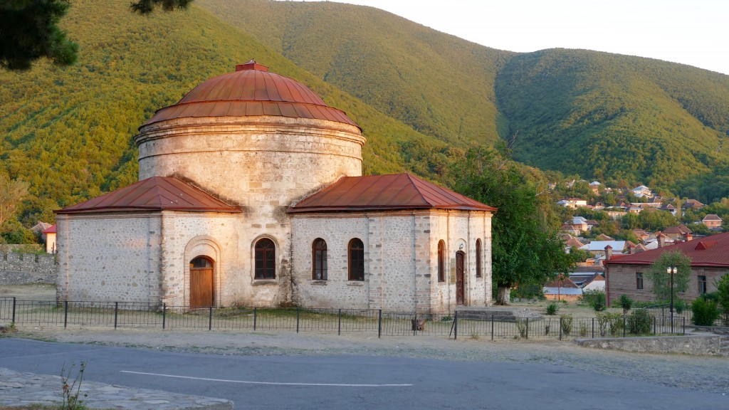 Sheki is a major center of crafts. Here you can buy jewels and engravings by local craftsmen. Sheki has its own theatre, a historical museum, the house-museum of the Azerbaijan writer and philosopher M.F.Ahundov.