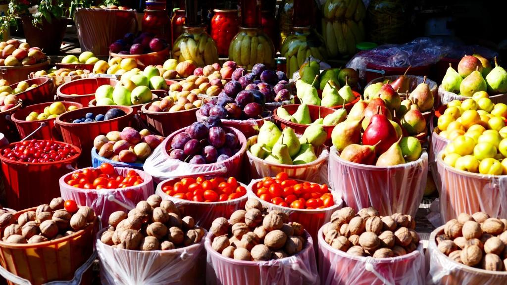 Fresh fruits in Cabala