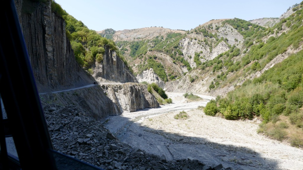 The Valley to Lahic