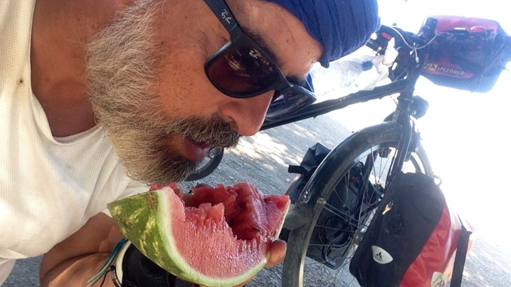 the offered me a Watermelon on the road.