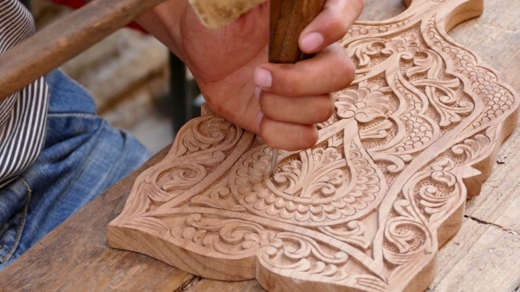 Handicrafts. The wood carvers of Khiva