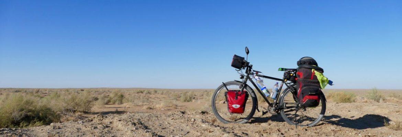 DIA 179 y 180 – por el desierto de Kyzyl-Kum