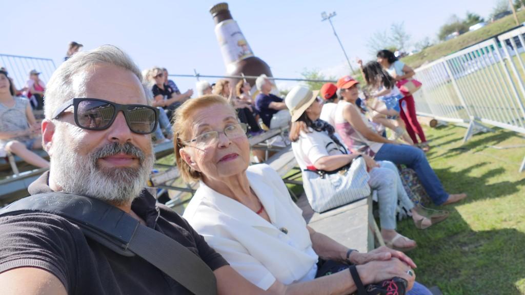 With Mum, at the Faustball World Championship, Villa General Belgrano, Córdoba, Argentina